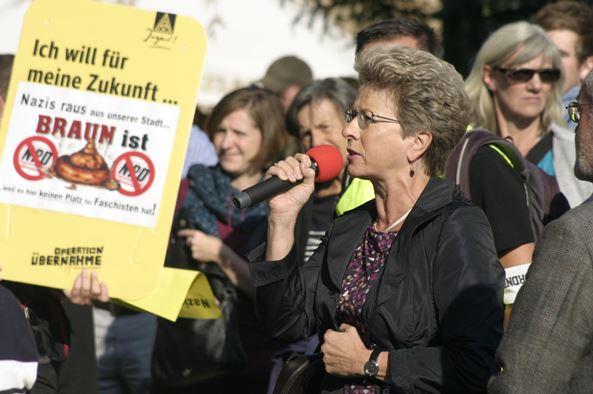 Die Oberbürgermeisterin Bosch bei ihrer engagierten Rede