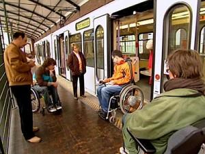 Rollstuhl-bahn