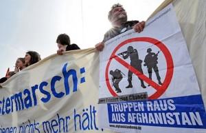 Ostermarsch-Banner 2010