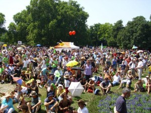 Protest gegen S21 im Stuttgarter Park